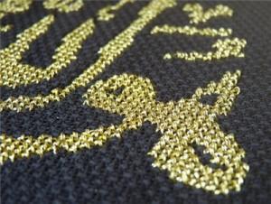 Вышивка золотом на черной канве